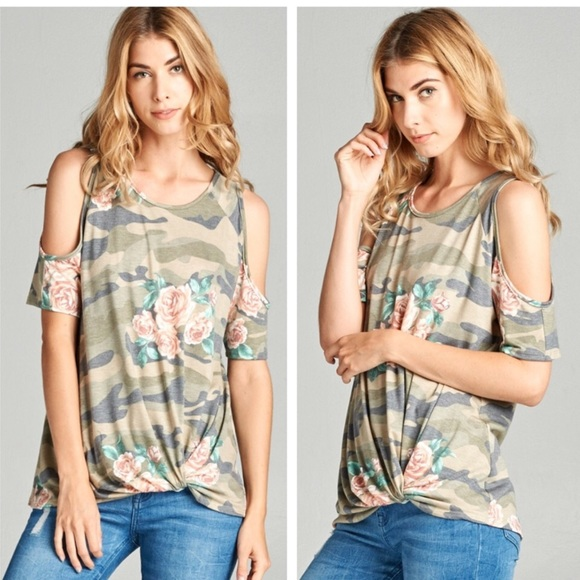 653522646453e9 ❗️CLEARANCE Camo Floral Knot Cold Shoulder Top